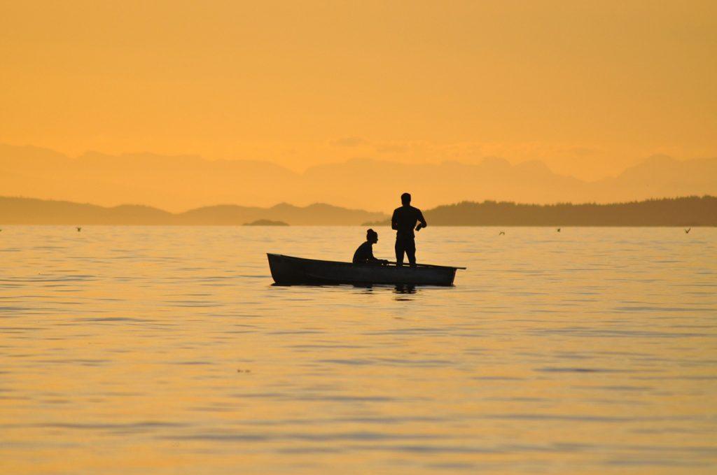 fishing-366445_1280
