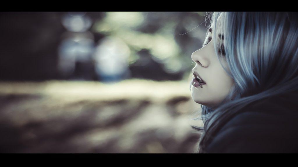 vampire-girl-1333631_1920